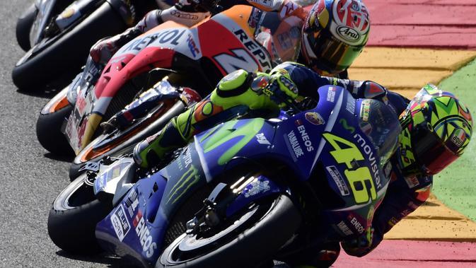 032994700_1506304787-20170924-Valentino-Rossi-Tampil-di-MotoGP-Aragon-AFP-5.jpg