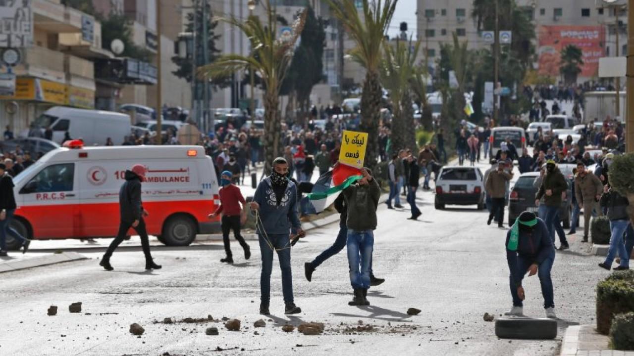 1512791646aksi_protes_dan_bentrokan_fisik_di_Palestina.jpg