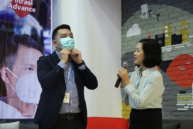 1517467793Media-Gathering-NexcareTM-Mask_Photo-3.jpg