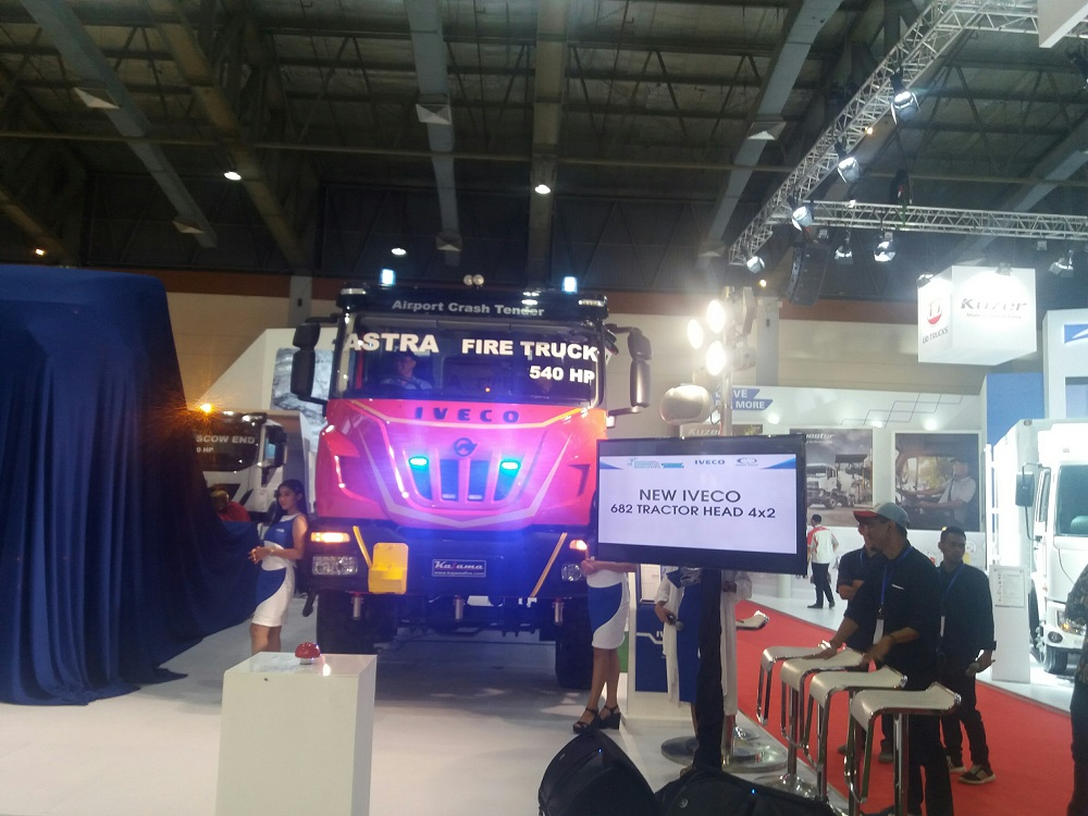 1520061738IVECO_Astra_Truck_Damkar.jpg