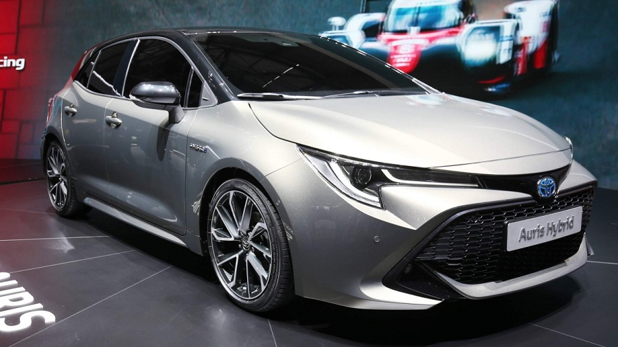 15204089642018-Toyota-Auris-at-Geneva-Motor-Show-0-6262-default-large.jpg