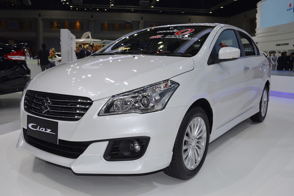 1520698981suzuki-ciaz-rs-front-three-quarters-left-side-at-2017-thai-motor-expo_izla.jpg