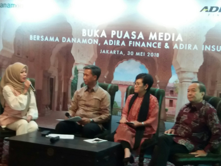 1527739259Diskusi_Syariah_Bank_Danamon,_Adira_Finance,_dan_Adira_Insurance.jpg