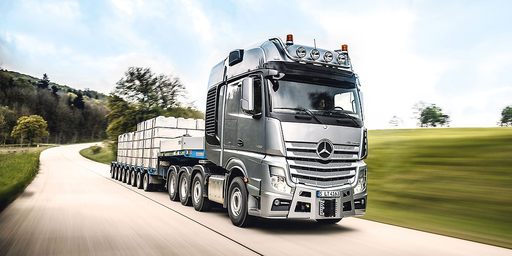 1528858061Daimler_trucks-Actros-germany-ji.jpg