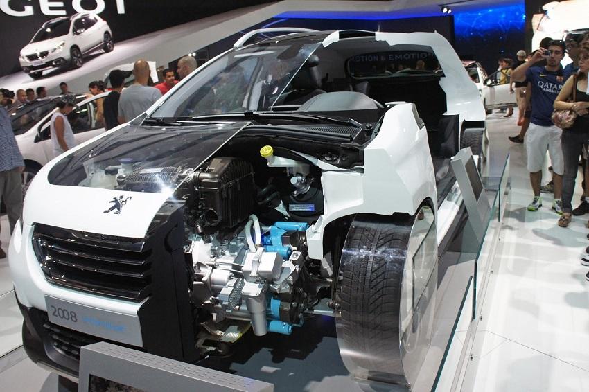 1532951200Mobil_Hybrid_di_Indonesia.JPG