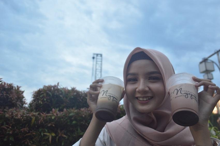 1556973477Ngopi-Jakartainsight-1.jpg