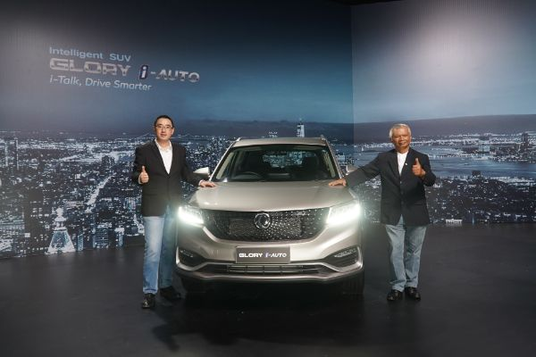 Intelligent SUV DFSK Glory i-Auto Telah Mengaspal di Indonesia