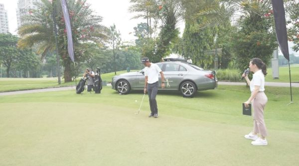 """Swing and Drive with Mercedes-Benz"", Bentuk Komitmen Best Customer Experience"