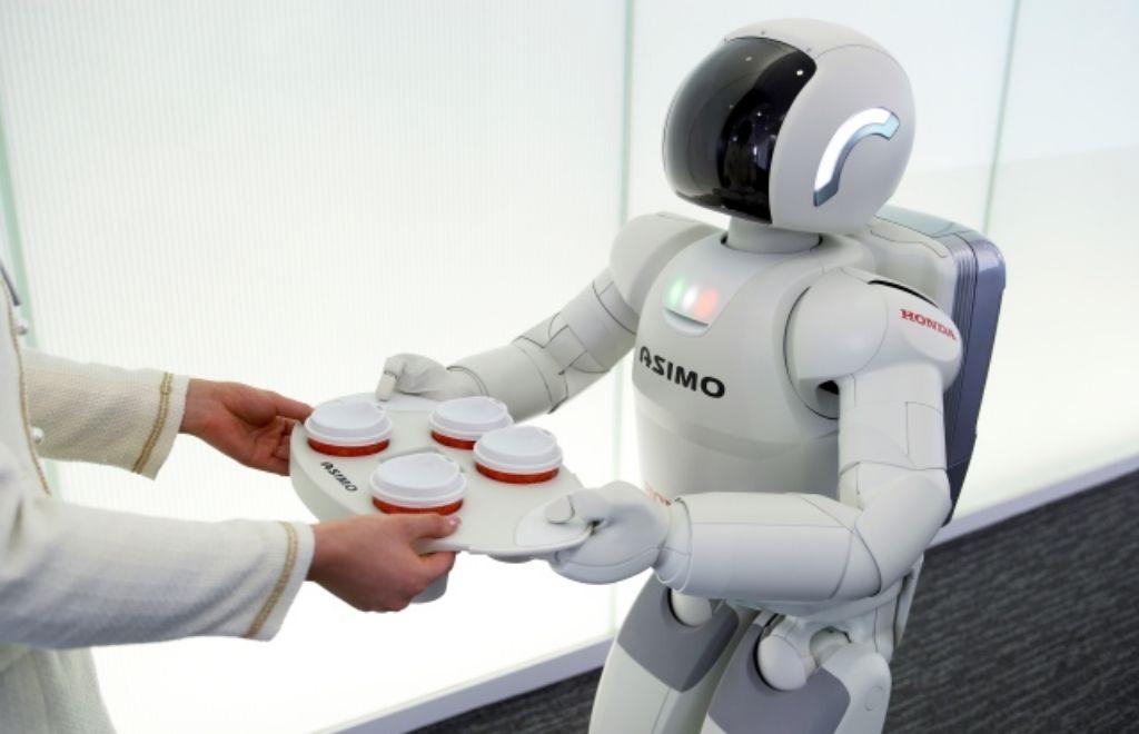 Honda Terus Kembangkan Teknologi Robot ASIMO Untuk Produk Massal