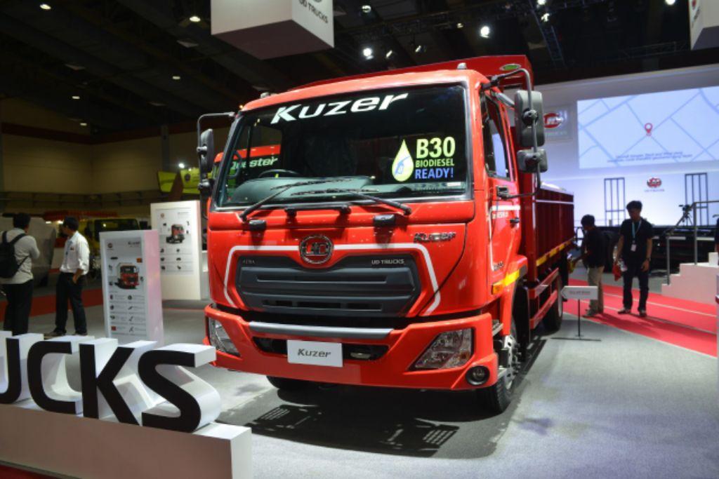 'Let's Challenge for Better Life' Slogan UD Trucks Sambut 2021