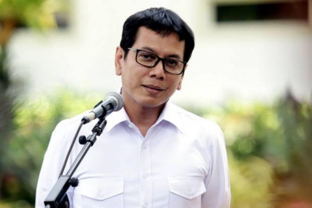 Mantan Menparekraf Jokowi Resmi Jabat Komut Telkomsel