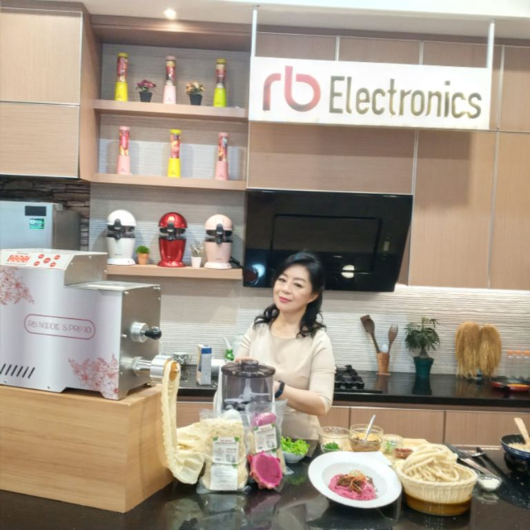 Raup Keuntungan Berlipat Bisnis Kuliner dengan RB Noodle S Pro 10