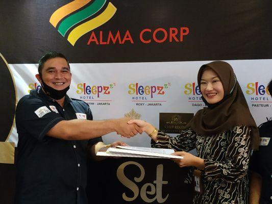 Alma Corp Rayakan HUT ke-7 Sekaligus Penandatanganan Kerjasama dengan The Silk Dago