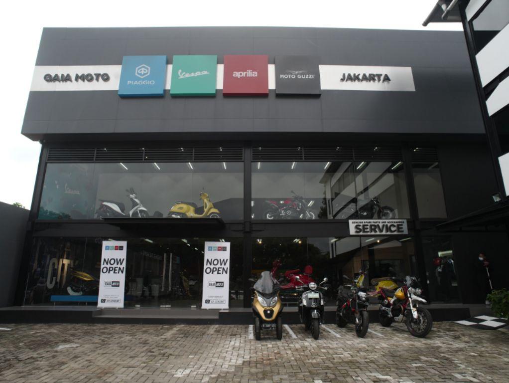 Gaia Moto Antasari, Diler Premium MotoPlex Piaggio Hadirkan 4 Brand Ternama!
