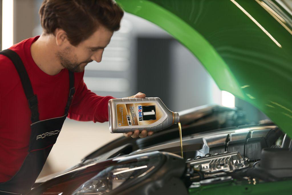 Porsche Centre Jakarta Tawarkan Servis Gratis Bagi Kendaraan 'Grey Imported'