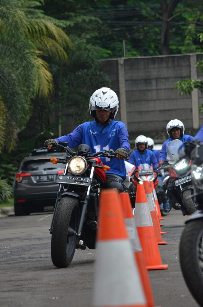 Safety_Riding_for_Journalist_2017_Wahana_Gunakan_Unit_Honda_BigBike_CMX500Rebel_dan_CB500X_(1).JPG