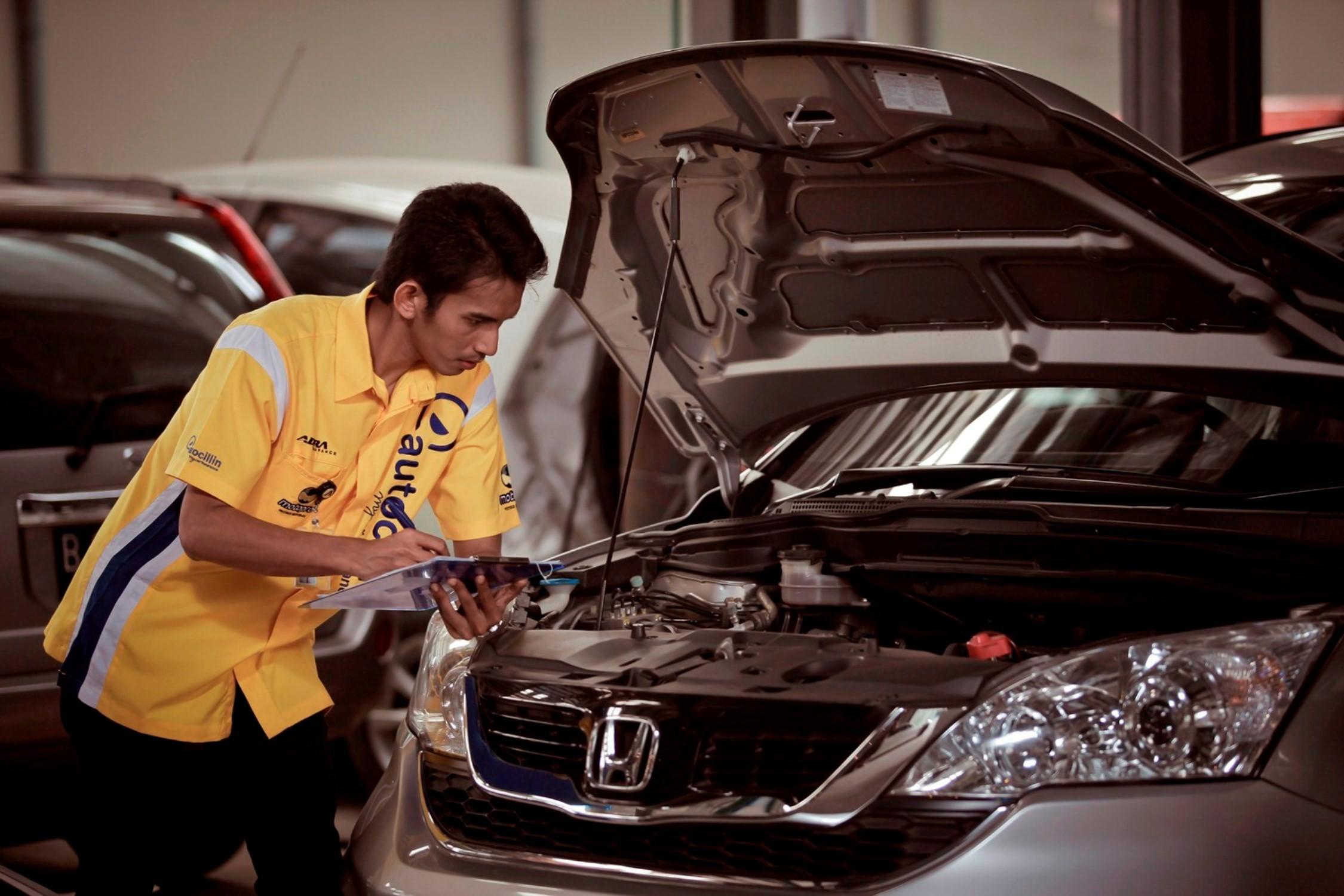 Adira Insurance Perkenalkan Produk Ukm Bumn Kain Batik Middle Premium Sutera