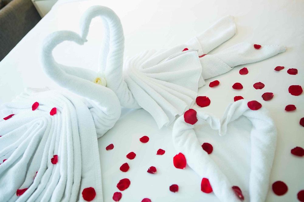 Sambut Valentine, Holiday Inn Express JiExpo Persembahkan Valentine's Romance Package