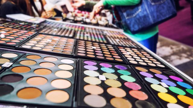 Geliat Prospektif Bisnis Industri Kosmetik Nasional