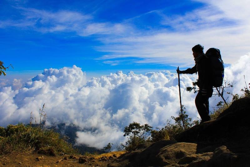 Berencana Naik Gunung ? Berikut Sejumlah Pantangan yang Harus Diperhatikan