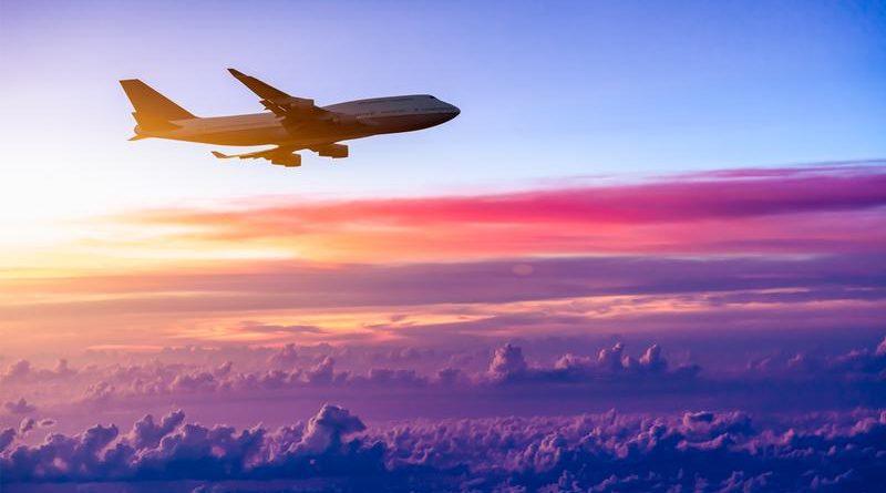 Tahukah Anda Mengapa Pesawat Harus Terbang Tinggi? Berikut Penjelasannya!