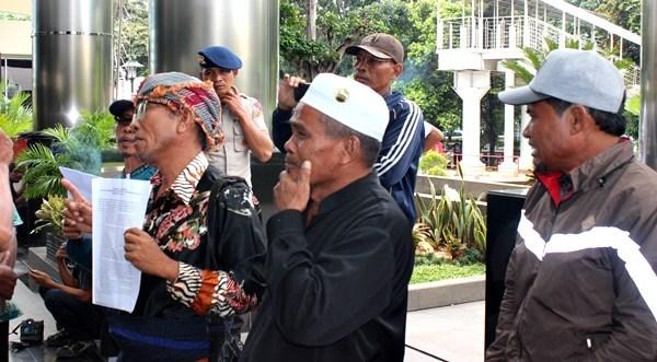 Warga Lombok Tengah Minta Perhatian Presiden Jokowi
