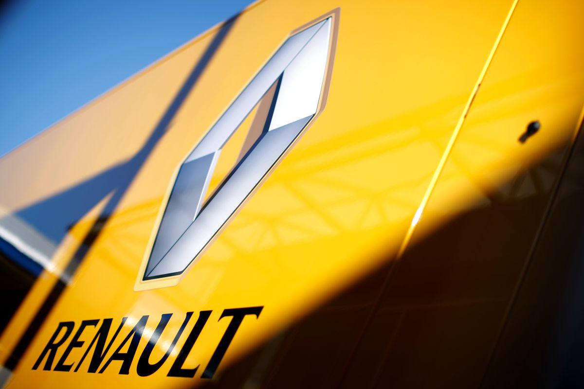 Renault Siap Perkenalkan Pesaing Datsun Go!