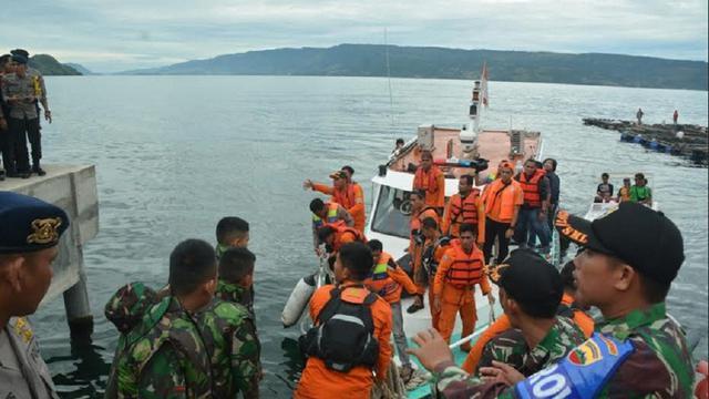 Cari Posisi KM Sinar Bangun, TNI AL Gunakan Pemindai Sonar