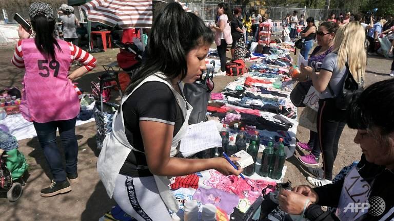 Inflasi 30 Persen, Masyarakat Argentina Lakukan Barter