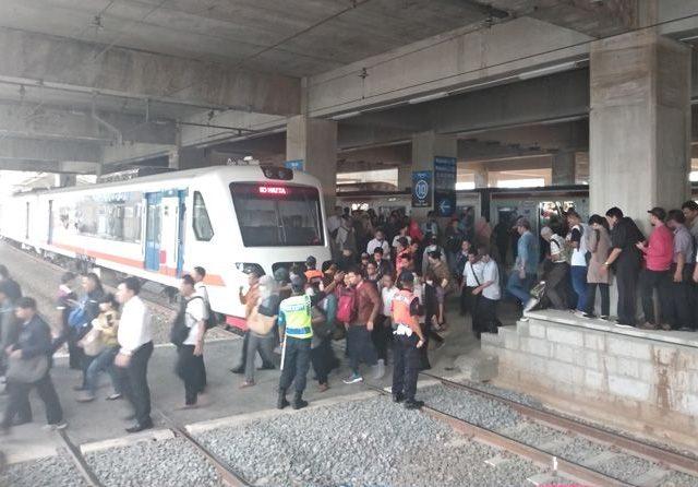 Naik Kereta ke Bandara Soeta Bisa dari Stasiun Manggarai mulai Maret 2019