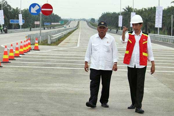 Jokowi Pastikan Gaji PNS Naik Awal April Mendatang