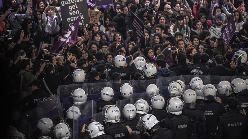 Polisi Istanbul Larang Pengunjuk Rasa Berdemo di Istiklal