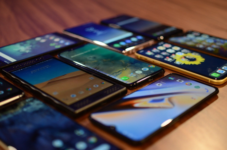 Mau Tahu Smartphone yang Anti Lowbat? Cek Disini!