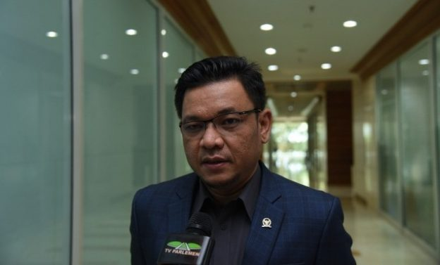 Anggota DPR Kena OTT, Golkar Tunggu Penjelasan KPK