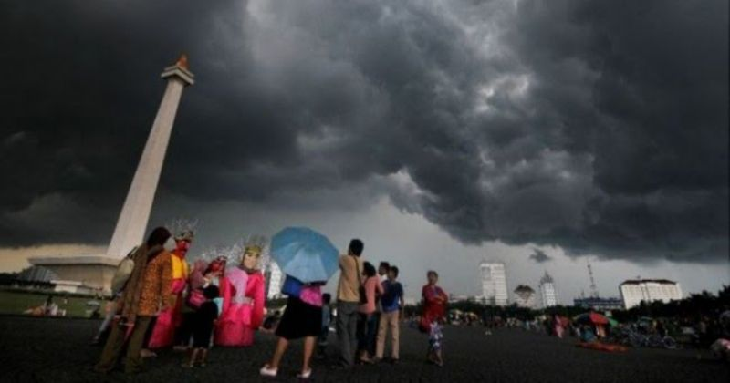 Jakarta 2 Hari Berturut-turut Diguyur Hujan Deras, Begini Penjelasan BMKG!