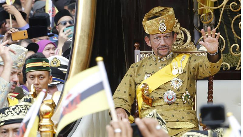 Brunei Berlakukan Hukum Rajam Sampai Mati Bagi Kaum Gay, Perzinahan dan Pemerkosaan