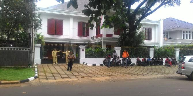 Hormati Perayaan Jumat Agung, Syukuran Prabowo Dipindah ke Kertanegara