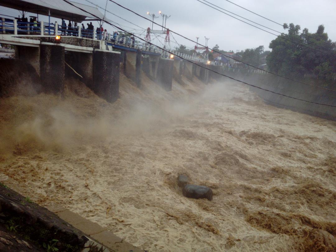 Katulampa Siaga 2, Jakarta Waspada Banjir Kiriman