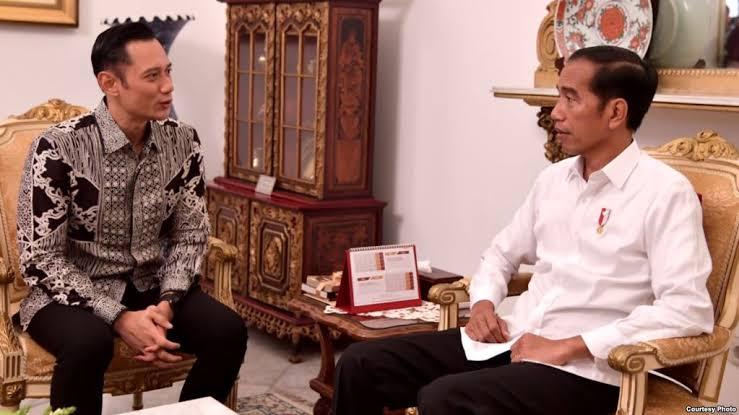 Demokrat Pindah Haluan, Ferdinand: Tergantung Jokowi