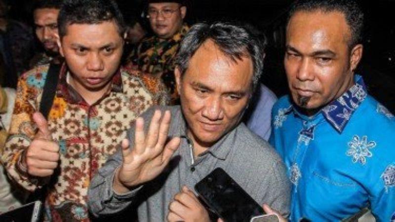 Andi Arief Sindir 2 Parpol Pembayar Buzzer dan Ungkap Sikap Partai Demokrat