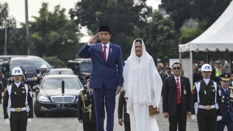 Kutip Puisi SBY, Jokowi : Flamboyan telah pergi namun akan tetap hidup di hati kita semuanya