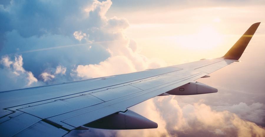 Tiket Pesawat Melambung Disebabkan Praktik Duopoli
