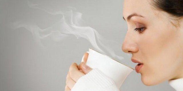 7 Manfaat Minum Air Hangat, Untuk Diet Hingga Anti Toksin