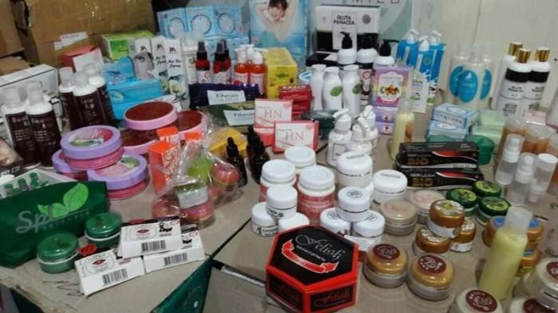 Hati-hati Membeli Kosmetik Secara Online, Berikut Tipsnya!