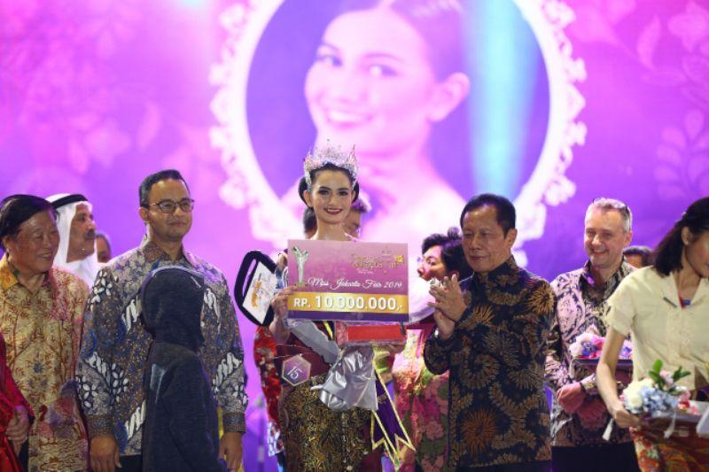 Anies Baswedan Beserta Isteri Hadiri Grand Final Miss Jakarta Fair 2019