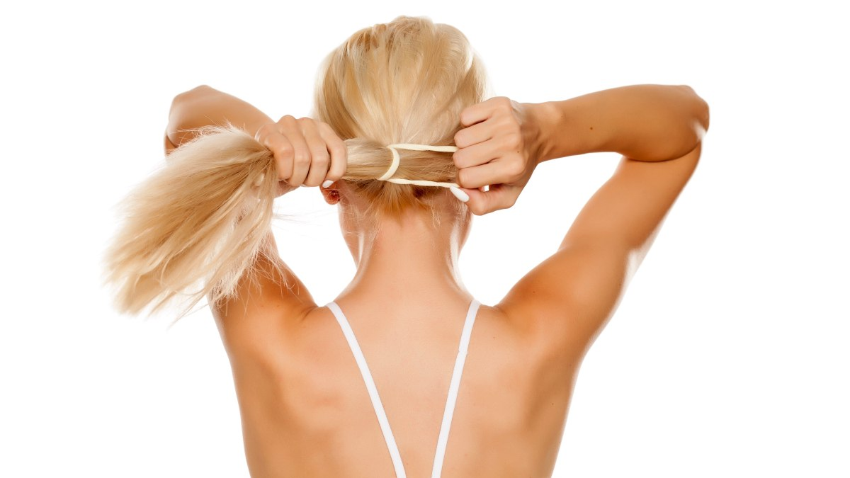 Kebotakan Hingga Iritasi Jamur, Berikut Efek Keseringan Mengikat Rambut!