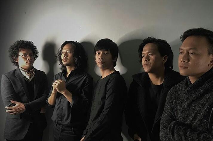 Rai Banting Bass Usai Ribut dengan Rian Saat D'MASIV Konser