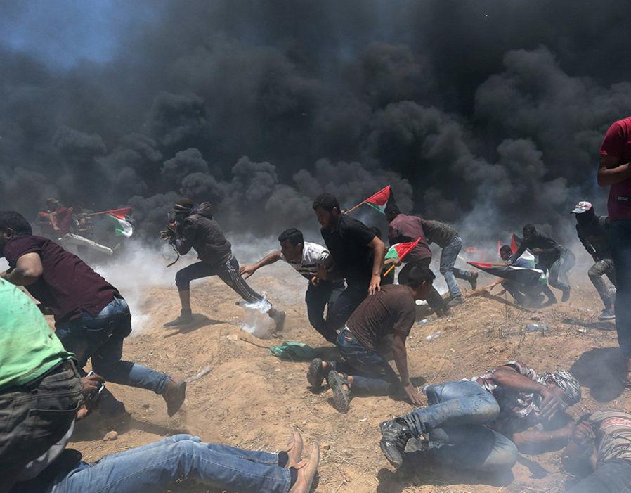 Tentara Israel Serang Warga Palestina Termasuk Wartawan