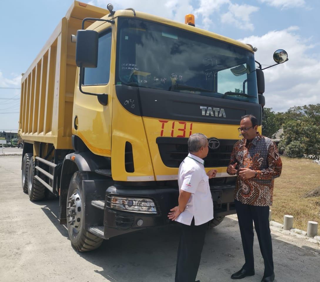 Tata Prima 2528.K 6x4 Jadi Andalan Baru Topabiring Trans Logistik