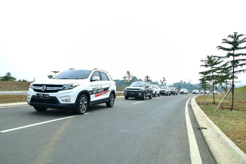 Merayakan Hari Kemerdekaan Indonesia bersama DFSK Glory 560